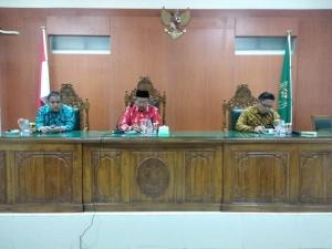 Kunjungan Ketua Pengadilan Tinggi Agama Palangka Raya di PA Kuala Kapuas